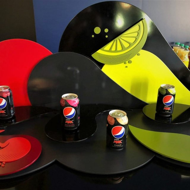 Pepsi Flavour Display